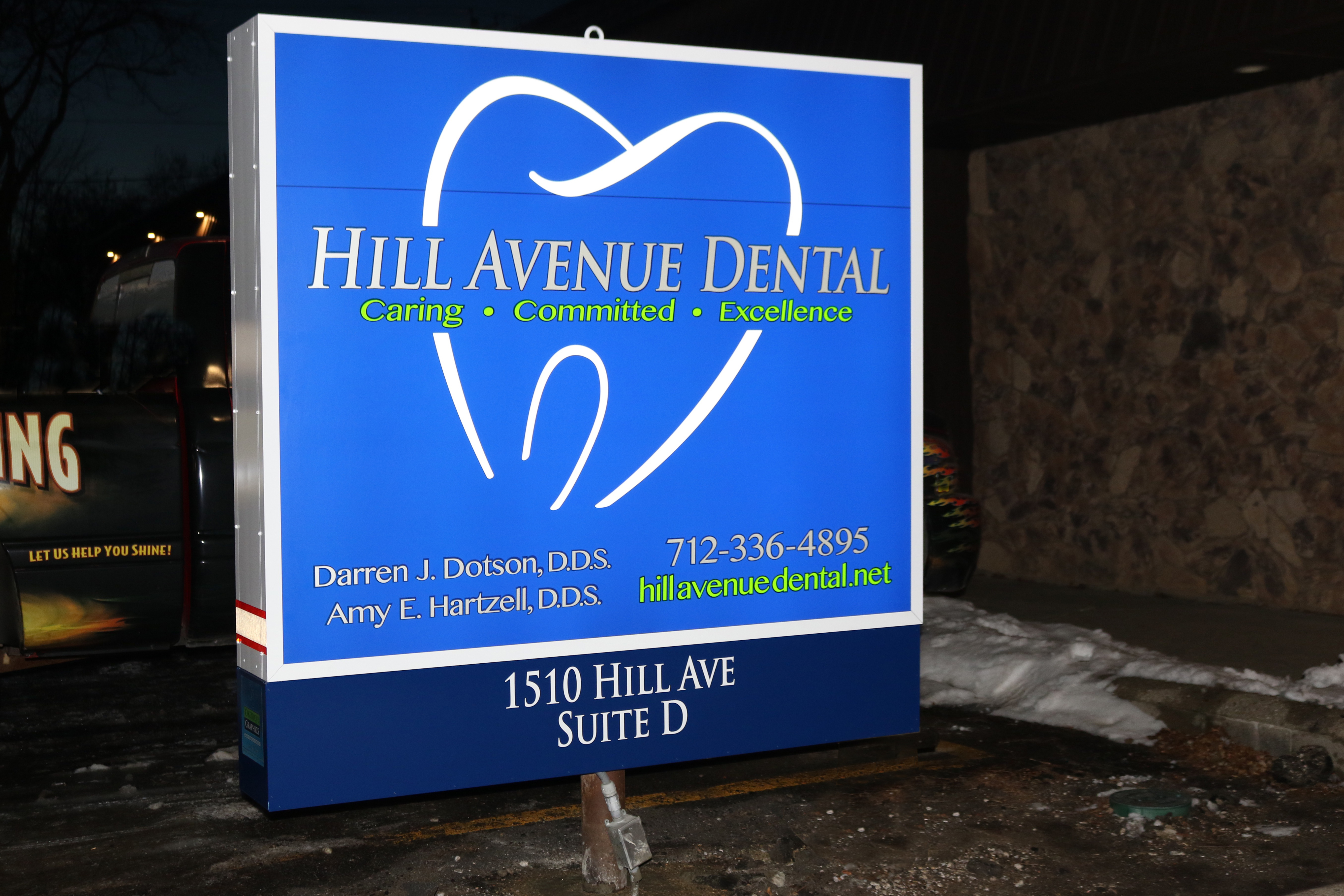 Lighted Sign cabinet fabrication with efficient LED.